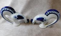 "Pair of Gzhel Blue & White Porcelain ""Pecking Chickens"" (3 of 10)"