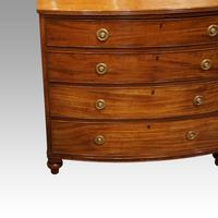 Georgian Mahogany Bow-fronted Chest (2 of 7)