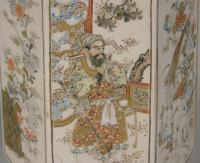 Good Pair of 19th Century Japanese Satsuma Vases (10 of 11)
