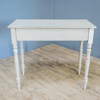 Vintage Painted Side Table (5 of 6)