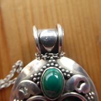Vintage Silver & Malachite Pendant on Silver Chain (6 of 8)