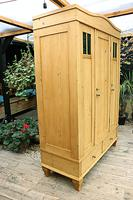 Beautiful Old Pine Triple Knock Down 'Arts & Crafts' Wardrobe  - We Deliver & Assemble! (4 of 18)