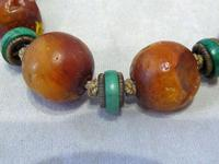 Antique Chinese Butterscotch Amber & Malachite Necklace - 42.3 grams (4 of 6)