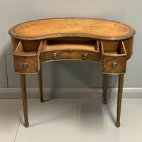 Edwardian Kidney Shape Dressing Table (3 of 9)