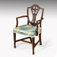 Elegant Set of 8 Early 20th Century Classical Hepplewhite Chairs (4 of 6)