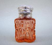 Unusual Victorian Silver & Cut Glass Heart-shaped Scent Bottle c.1895 (7 of 8)