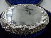 Boxed Silver Dish & Berry Spoon Set London 1901/1902 (9 of 10)