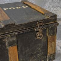 Victorian Tin Trunk (5 of 9)