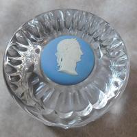 Wedgwood Jasperware & Crystal Paperweight (5 of 5)