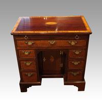 George III Inlaid Kneehole Desk (13 of 17)