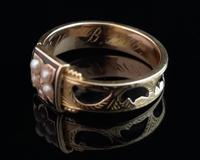 Antique mourning ring, 15ct gold, black enamel, pearl and diamond (4 of 12)