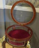 French Circular Bijouterie Table in Walnut & Kingwood 19th Century (2 of 9)
