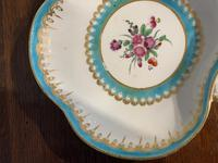 Worcester Shell Shaped Dish (3 of 5)