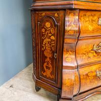Marquetry Bombe Fronted Display Cabinet (4 of 14)