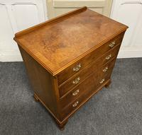 Queen Anne Burr Walnut Chest of 4 Drawers (10 of 12)