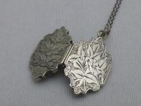 Victorian Silver Locket (4 of 8)