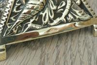 Fine Aesthetic Movement Desk Set Brass Inkwell & Brass Candlesticks c.1880 (7 of 11)