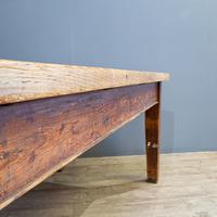 Pine Farmhouse Dining Table (4 of 5)