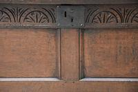Handsome 17th Century Small Proportioned Oak Coffer c.1680 (6 of 13)