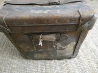 English Leather Steamer Trunk (8 of 12)