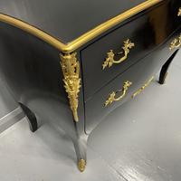 French Black Lacquered and Gilt Commode (5 of 8)