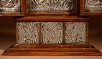 Fine and Very Decorative Russian Triptych Devotional Icon 19th Century (4 of 12)