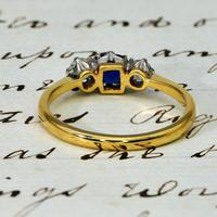 The Vintage Sapphire & Two Diamond Ring (4 of 4)