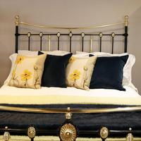 Decorative Antique Bed in Black (6 of 7)