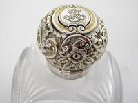 Unusual Large Square Shaped Late Victorian Silver Capped Perfume Bottle (2 of 8)