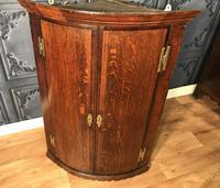 Good Georgian Oak Bow Front Corner Cupboard (2 of 8)