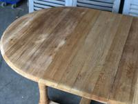 Round Farmhouse Dining Table with leaf (3 of 11)