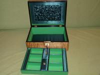 Satinwood & Mahogany Jewellery Box. Plush Interior. c1860. (8 of 11)