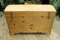 Wow! Big! Old Pine Domed Blanket Box / Chest / Trunk - We Deliver! (10 of 10)