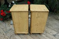 Exceptional Quality Pair of Old Stripped Pine Bedside Cabinets (7 of 9)