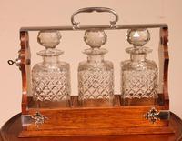 Liquor Cellar / Tantalus In Silver Metal And Oak Three Crystal Bottles - 19th Century