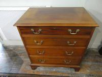 Small Early 20th Century Mahogany Chest of Drawers (7 of 10)