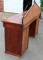 1900's Large Mahogany Dog Kennel Sideboard with Back (4 of 4)