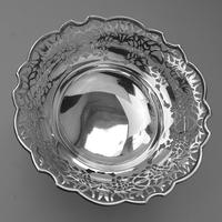 Very Fine Solid Silver Pedestal Pierced Bowl / Basket - Chester c.1937 (5 of 7)