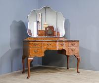 Walnut Queen Anne Style Bedroom Suite (6 of 14)