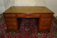 Mahogany Pedestal Desk (2 of 6)