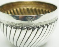 Antique Solid Silver Plant Pot or Bowl with Gilt Lining c.1882 (6 of 7)