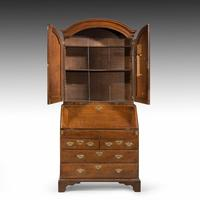 Extremely Well-drawn Mid 18th Century Oak Bureau Cabinet (3 of 5)