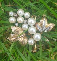 9ct Gold Pearl & Diamond Vine Brooch (4 of 4)