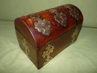 Dome Top Fitted Walnut Stationery Box c.1875 (9 of 11)