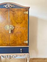 Vintage Burr Walnut Louis XV Style Drinks Cabinet (10 of 12)