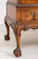 Stunning Walnut 3 Door Side Cabinet (4 of 9)