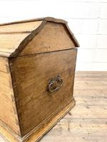 19th Century Antique Oak Dome Top Trunk (11 of 13)