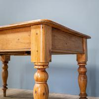 Victorian Kitchen Table (9 of 10)