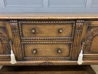 Ipswich Oak Carved Sideboard (5 of 16)