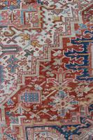 Old Heriz Carpet 335x214cm (6 of 9)